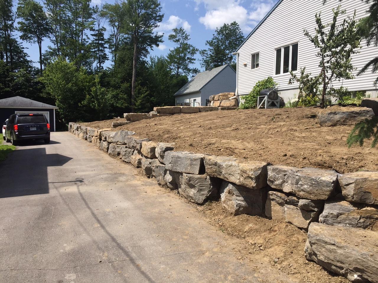 Mur En Pierre Naturelle murs de soutènement et marches de pierres naturelles
