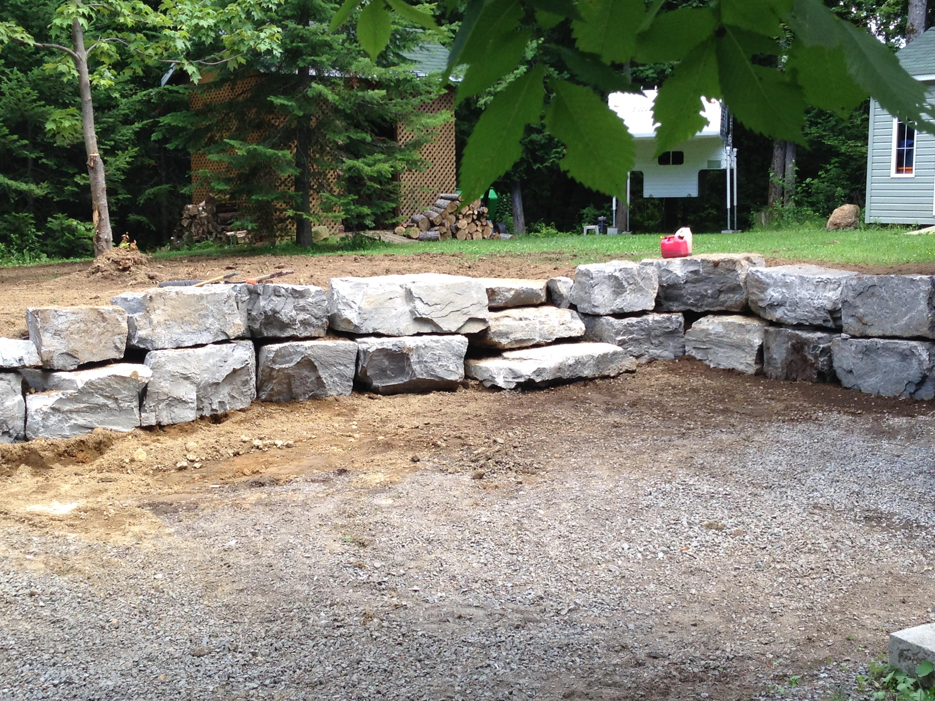 Top Murs de soutènement et marches de pierres naturelles. dans les  HT85
